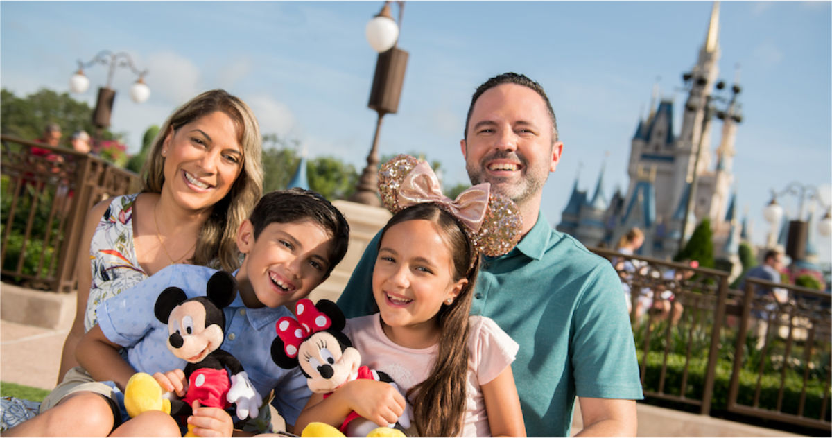 "Disney Introduces ""Capture Your Moment"" $50 Photopass Add-On Experience"