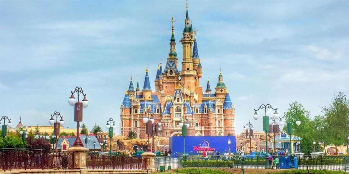 Shanghai And Hong Kong Disneyland To Close Due To Coronavirus
