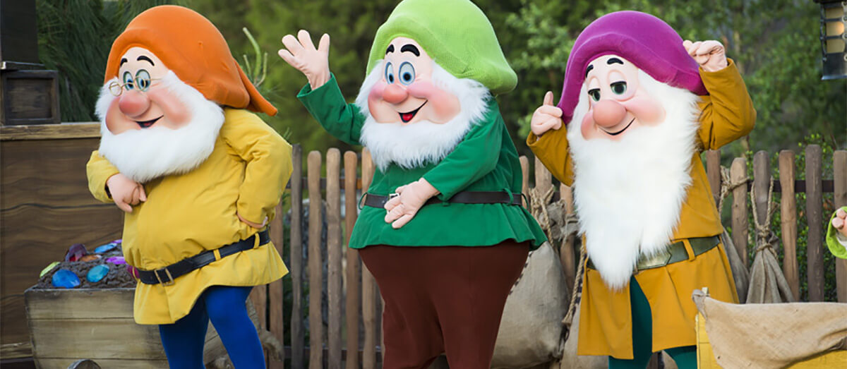 Artist Point To Become Snow White Character Meal
