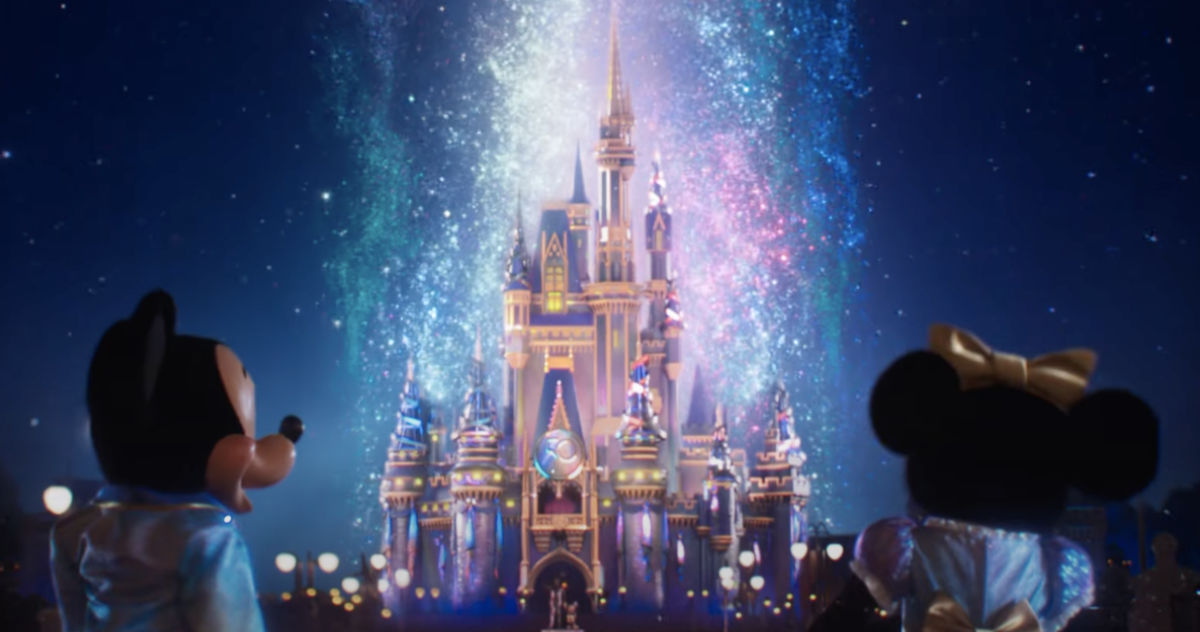 Disney World 50th Anniversary Package Free Dining Credit + Gift Card Offer Now Booking For 2022