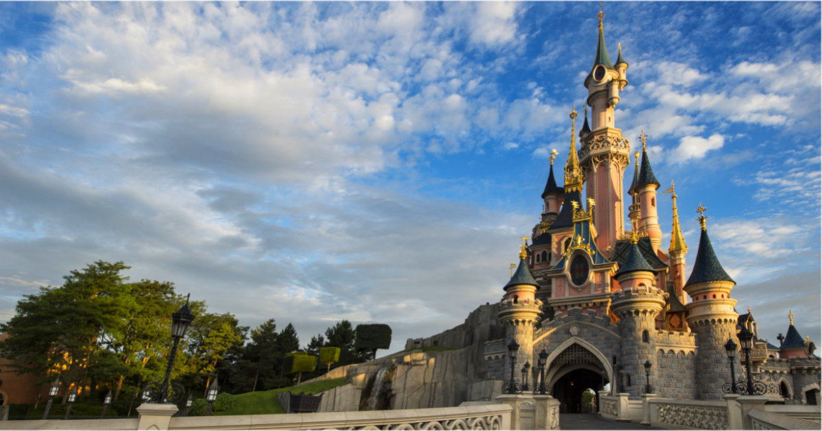 Up To 20% Off Disneyland Paris Dining For Early 2022 Stays